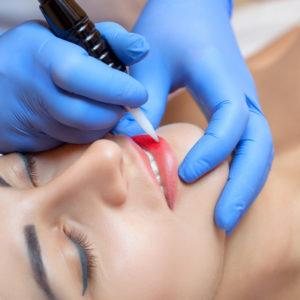 Dermopigmentation lèvres au pradet